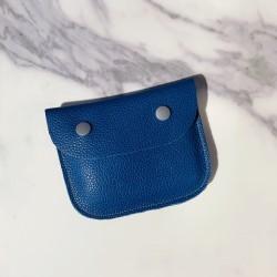 Petite pochette en cuir bleu