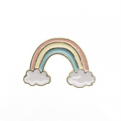 Pins Arc en ciel avec nuages