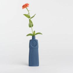 Vase bouteille en porcelaine bleu nuit N°18